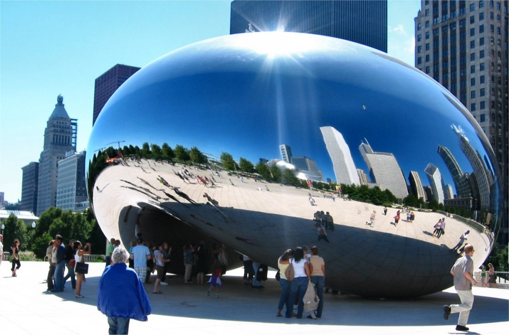 cloud_gate_at_millenium_park_chicago_missandchic