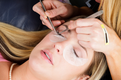 eyelash-extensions-supplies