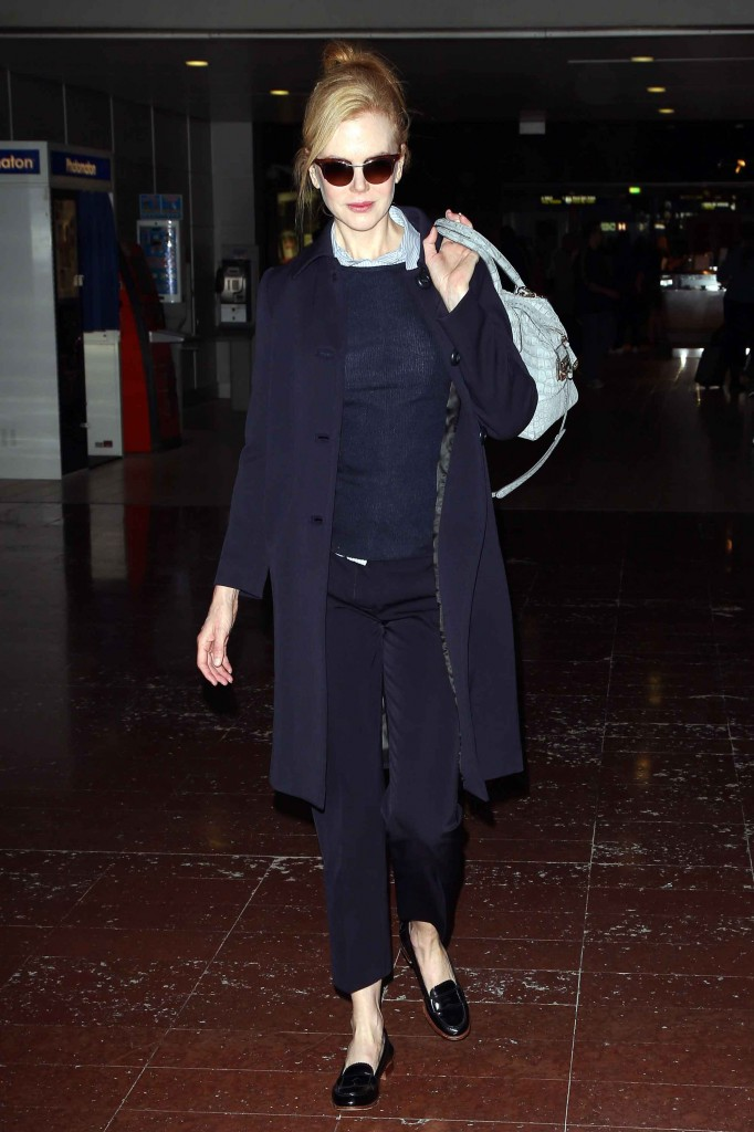 Nicole Kidman Arrives On A Flight In Paris
