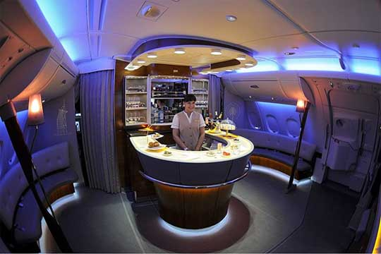 05032013-World-Most-Luxurious-Airlines