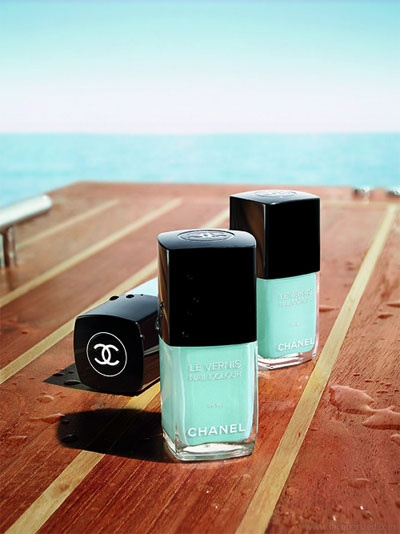 chanel_nails_summer_missandchicblog