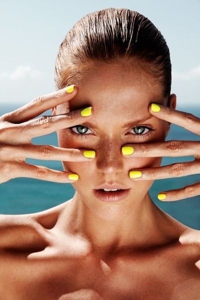 yellow_nails_missandchicblog