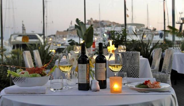 Roberto Cavalli restaurante Ibiza Miss and Chic Gastrohunter