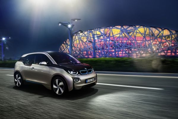 BMW_BMWi3_Lateral_MissandChicBlog