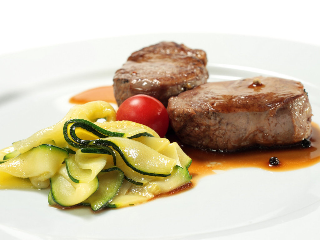 Veal Medallions with Zucchini